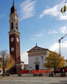 Igreja e campanário