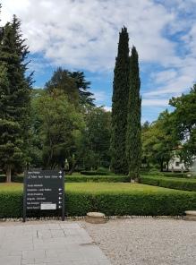 Jardins da sede municpal