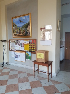Hall de entrada da prefeitura de Seren del Grappa